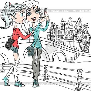Niedliche Mädchen machen Selfie in Amsterdam - Vector-Clipart / Vektorgrafik